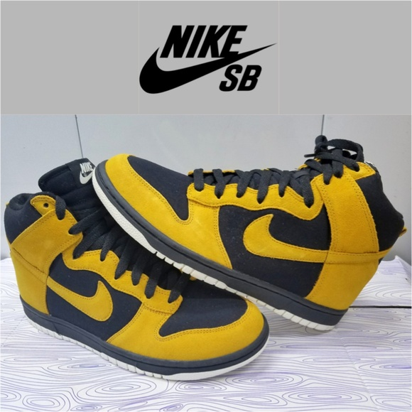 cheap for discount 9592b abef4 ... best price brand new nike sb dunk high gold dart black sail 45171 dcdb0
